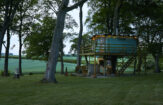 The treehouse in the evening